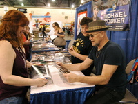 Celebrities Show Philly Comic Con Fans Love at Wizard World