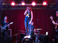 Lucie Barat Live At The Monarch, London