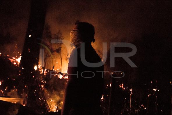 Vast Fire to Night on Vesuvius