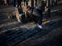 Kiev: funerals on Maidan Square