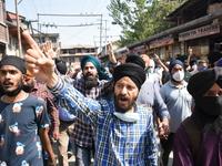 Two Teachers Killed In Kashmir