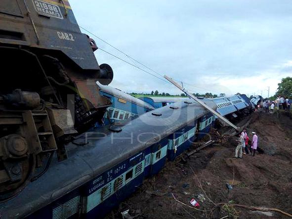 India: accident train